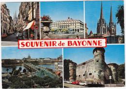 Bayonne: PEUGEOT 404, RENAULT 4, ALFA ROMEO GIULIA SPRINT, FORD TAUNUS 12M P4, FIAT 500 - Souvenir De Bayonne - Toerisme