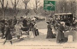 Une Chasse à Courre Dans La Forêt De Dreux  - L'Arrivée Au Rendez Vous De Chasse - Hunting