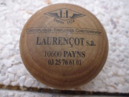 Superbe Yo-yo Yoyo En Bois Payns (10-Aube) Laurençot S.A. 3 Photos - Altri