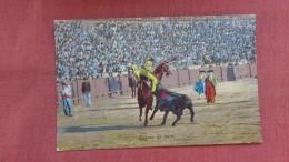 Bull Fight---Suerte De Vara------  Ref 2324 - Corrida