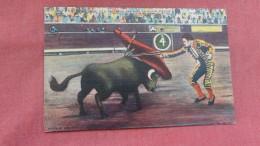 Bull Fight-- Matador & Bull In Death Struggle --  Ref 2324 - Corrida