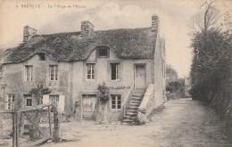 50 - BREVILLE - Le Village De L´Eglise - Sonstige Gemeinden