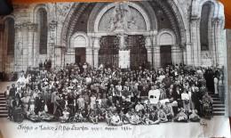 Photo Panoramique Du DIOCESE FREJUS/TOULON à LOURDES En 1954 Très Belle Animation - Religieux, Malades, Fauteuils,scouts - Places