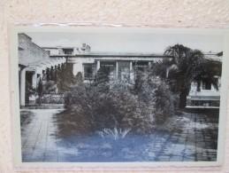 ASTRIDA . HOTEL FAUCON . FACADE ARRIERE . COIN DE JARDIN - Rwanda