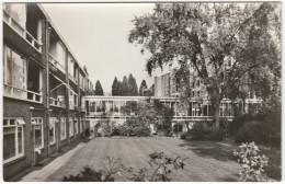 Zeist: Verzorgingsflat 'Nieuw Beerschoten' , Laan Van Rijnwijk 1  - (Utrecht / Nederland) - Zeist