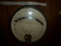 1900 Ancien Gros Appareil De Mesure D'électricité CHAUVIN & ARNOUX  ( Ampères) (Apériodique) Diametre Hors-tout = 185mm - Technical