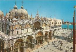 PN93 - POSTAL - VENEZIA  - BASILICA Y PLAZA DE SAN MARCO - Venezia (Venice)
