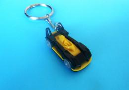 RACING CAR  ... Car Automobile Automobil Keychain Key-ring Porte-clés Schlüsselring Anello Portachiavi - Key-rings