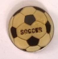 Pin´s -  SOSSER - Ballon De Football - - Football