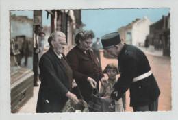 Quièvrechain Rien à Déclarer Policier Képi Gendarme Rare - Quievrechain