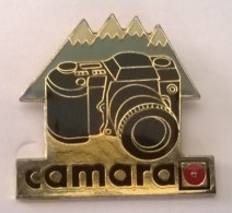 Pin´s -  CAMARA - - Photographie