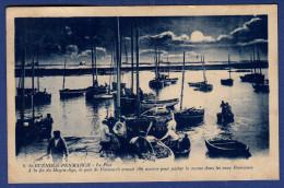 29 PENMARCH SAINT-GUENOLE Le Port ; Chalutiers, Canots - Animée - Penmarch