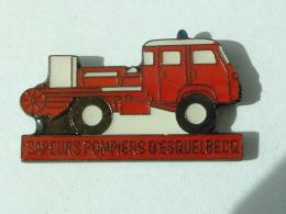 PIN´S SAPEURS POMPIERS D'ESQUELBEBECQ - Feuerwehr