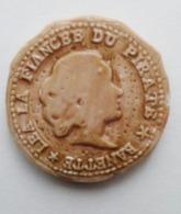 FEVE - BANETTE - ROYAUME DE GOURMANDISE - 40 ECUS GOURMANDS  LEA LA FIANCEE DU PIRATE  A53 - Charms