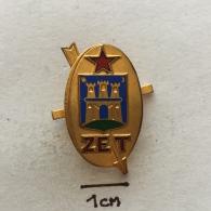 Badge (Pin) ZN002446 - Zagrebacki Elektricni Tramvaj (tramcar / Streetcar / Trolley) - Transportation