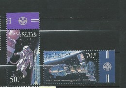 Kazakhstan 2001 Space Anniversaries.MNH - Kasachstan