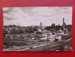 CHATEAUBOURG CHEMIN DE FER USINE - Other Municipalities