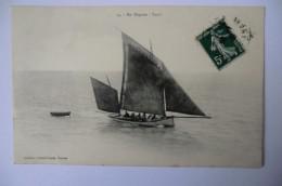 CPA 44 LOIRE ATLANTIQUE BATEAUX. En Régates. Yawl. 1909.