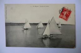 CPA 44 LOIRE ATLANTIQUE BATEAUX. En Régates. Groupe De Yachts. 1909.