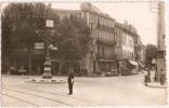 AGENT De POLICE - Faisant La Circulation, Place PASTEUR - AUBAGNE - Vente Directe - Aubagne