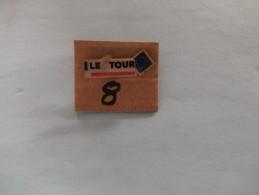 PIN´S - TOUR DE FRANCE -  Le Tour Et Le Drapeau Européen - Voir Photo ( 8 ) - Wielrennen