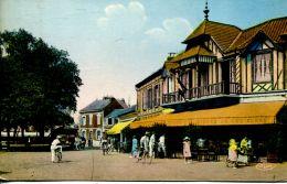 N°50357 -cpa Le Crotoy -le Café Du Port- La Potinière- - Cafés