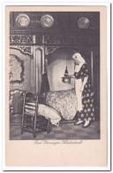 Oud Groninger Kleederdracht ( Breuklijntje Voorkant Nauwelijks Zichtbaar ) - Kostums