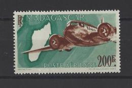 MADAGASCAR . YT  PA  64A  Neuf **  Avion  1946 (voir Détail) - Madagascar (1889-1960)