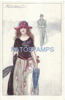 56108 ART ARTE SIGNED MAUZAN WOMAN WITH A HAT AND UMBRELLA AND MAN WITH CANE POSTAL POSTCARD - Sonstige