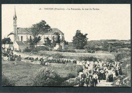 CPA - TREZIEN - La Procession Un Jour De Pardon, Très Animé - Frankreich