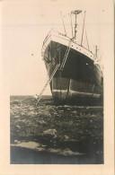 """BATEAUX  Bateau Paquebot Le """" Magdalena  """" échoué Le 8.2.1934 Près Du Phare Du Petit Curaçao Photo    2 Scans - Steamers"""