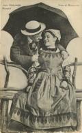 Dép 85 - Coiffes - Costumes - Parapluie - Couples - Couple - Challans - Types De Maraichins - N° 2541 - état - Challans