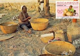 MOZAMBICO BASKET MAKING  MAXIMUN POST CARD  (AGO160132) - Mozambico