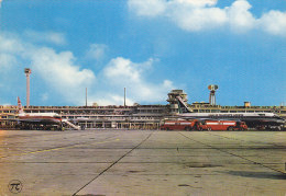 Airport Le Bourget Paris Iberia UTA DC 8 Esso Truck 1970 - Aérodromes