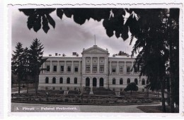 Romania Pitesti Palatul Prefecturii / Palatul Administrativ - Roumanie