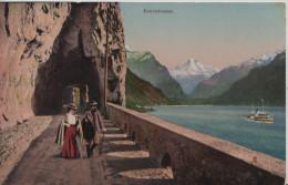 Axenstrasse Mit Dampfschiff Und Wanderer Animee - Steindruck Litho - W. Zimmermann-Strässler No. 5125 - SZ Schwyz