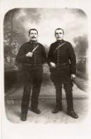 68Piv  Carte Photo De 2 Soldats Du 38 Eme Regiment D'artillerie De Nimes En TBE - Personnages
