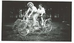 Photo Originale D´un Tandem En Forêt De Fontainebleau - Cycling