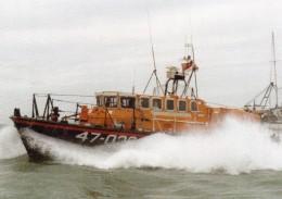 Postcard - Ramsgate Lifeboat 1990-1994, Kent. RAMLB06 - Ships