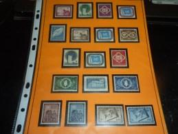 TRES BON LOT DES NATIONS UNIES NEUF SANS CHARNIERES 1063 TIMBRES 13 BLOCS 20 FEUILLETS DRAPEAUX DE 16 TIMBRES - A SAISIR - Briefmarken