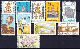 GUYANE BRITANNIQUE 1969 YT N° 336, 337, 345 à 352 ** - Guyana (1966-...)
