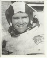 FRED HAISE  --  ASTRONAUT, SPACE FLIGHT TO MOON, APOLLO 13  --    PHOTO   25,5 Cm X 20,5 Cm - Aviation