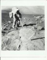 JACK SCHMITT  --  SCIL SCOOP  --   ASTRONAUT, SPACE FLIGHT TO MOON, APOLLO 17  --    PHOTO   25,2 Cm X 20,3 Cm - Aviation
