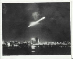 APOLLO 17 MOONSHIP OVER MIAMI  -   ASTRONAUT, SPACE FLIGHT TO MOON  -- PHOTO   25,2 Cm X 20,3 Cm - Aviation