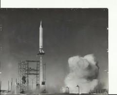 ROCKET  VIKING No.9  ---   ASTRONAUT, SPACE FLIGHT TO MOON  --  PHOTO   24 Cm X 19 Cm - Aviation