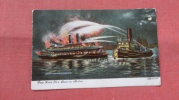 New York Fire Boat In Action   ---  - Ref 2332 - Ships