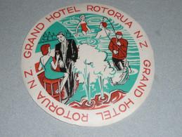 Rare Ancienne étiquette D'Hotel, Grand Hotel, Roturua, New Zealand Nouvelle Zélande NZ, Pêche - Hotel Labels
