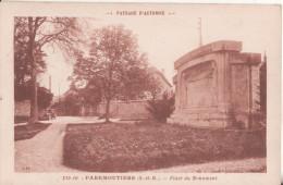 77  Faremoutiers Place Du Monument - Autres Communes