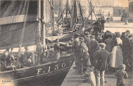 76-DIEPPE- DECHARGEMENT DE POISSON - Dieppe