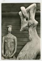 SCULPTURE - AK280183 Henry Moore - König Und Königin (Detail) - Sculture